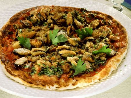 Pizza mit Miesmuscheln