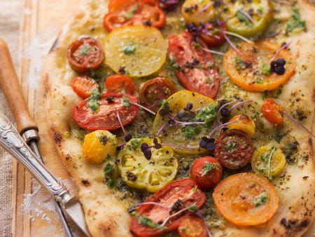 pizza mit tomaten rezept eat smarter. Black Bedroom Furniture Sets. Home Design Ideas