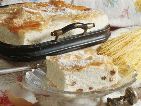 Quark-Rosinen-Kuchen mit ungarische Art