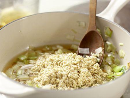 quinoa mit lauch rezept eat smarter. Black Bedroom Furniture Sets. Home Design Ideas