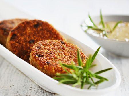 quinoa puffer mit cremiger pilzsauce rezept eat smarter. Black Bedroom Furniture Sets. Home Design Ideas