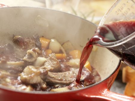 Rehrücken mit Chili-Schoko-Sauce: Zubereitungsschritt 3