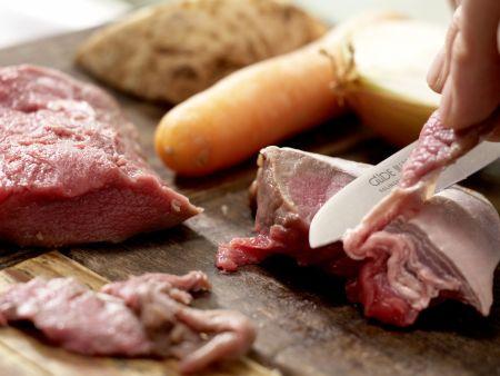Rehrücken mit Kräuter-Nuss-Kruste: Zubereitungsschritt 8