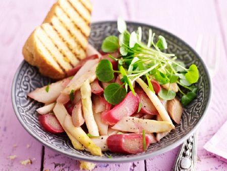 Kochbuch für Rhabarber-Salate
