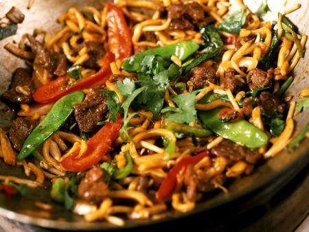 Rindfleisch-Gemüse-Curry aus dem Wok