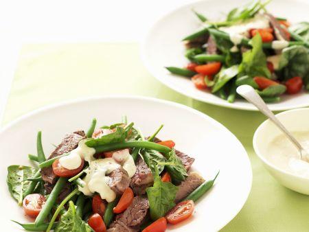 Rindfleisch-Tomaten-Salat mit grünen Bohnen