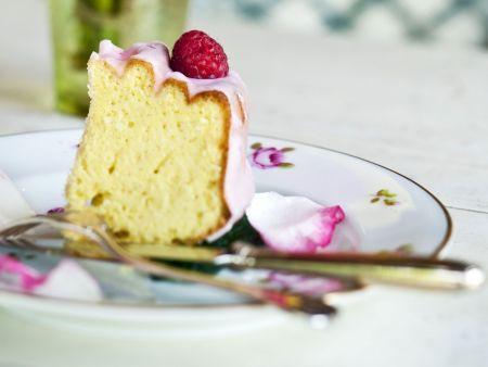 Rührkuchen mit Zuckerguss