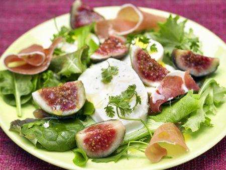 Salat mit Feigen und Mozzarella