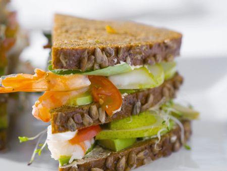 Sandwich mit Birnen und Shrimps