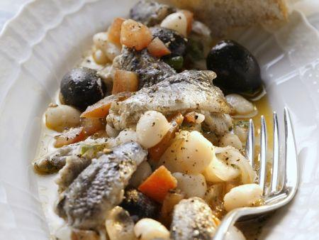 Sardellensalat mit weißen Bohnen