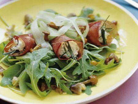 Schinkenrouladen mit Pilz-Rucola-Salat