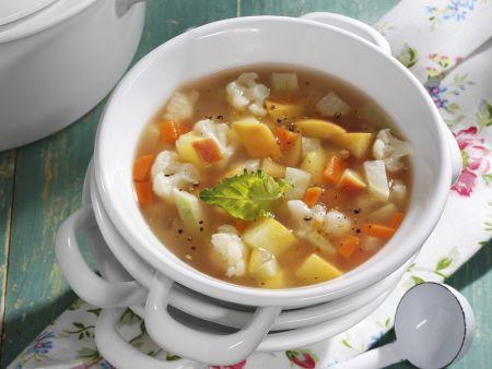 Schnelle Suppe mit Gemüse