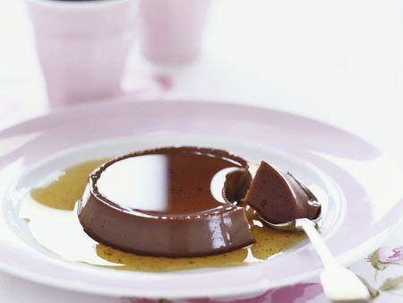Schokoladenpudding mit Karamell