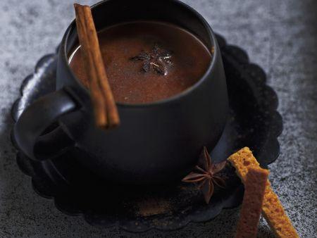 Schokoladensuppe mit Gewürzen
