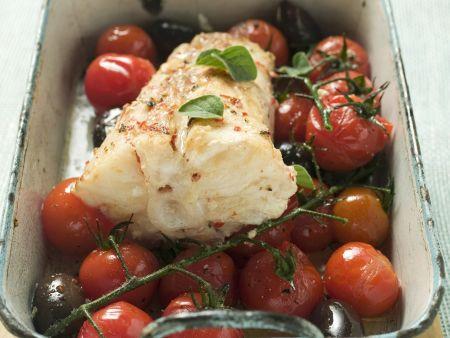 Gebratener Seeteufel mit Cherrytomaten und Oliven
