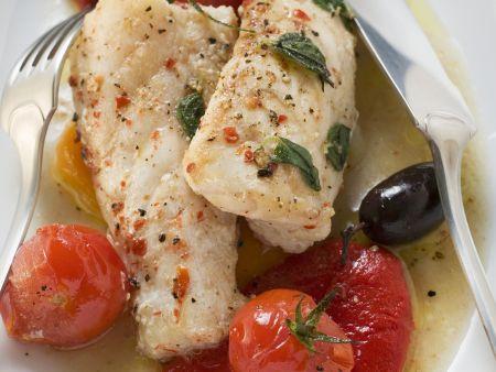 Seeteufelfilet mit Cherrytomaten und Oliven