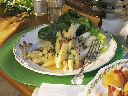Spargel mit Schinken-Kartoffel-Vinaigrette