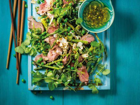Spargel-Rindfleisch-Salat mit Erbsen