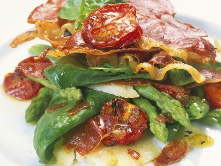 Spargelsalat mit Spinat und Serranoschinken