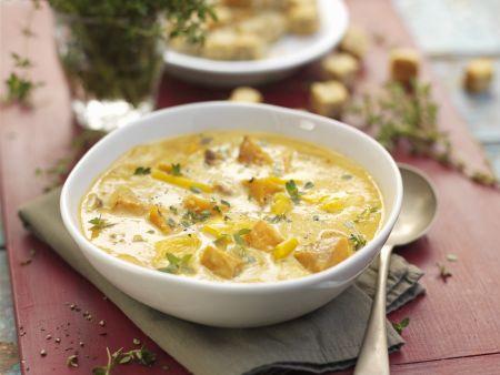 Suppe mit Mais und Butternut-Kürbis