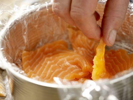 Sushi-Torte: Zubereitungsschritt 2