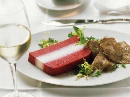 Terrine mit Roter Bete dazu Kalbsfleisch