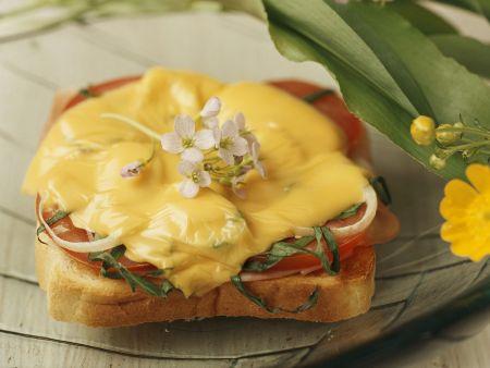 Toast mit Schinken, Käse und Bärlauch