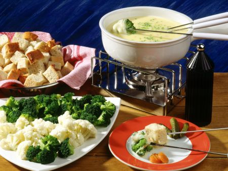 tomaten k se fondue rezept eat smarter. Black Bedroom Furniture Sets. Home Design Ideas