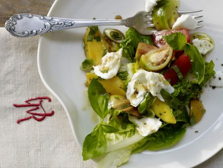 Tomaten-Mango-Salat