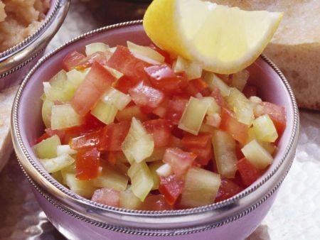 tomaten paprika salat rezept eat smarter. Black Bedroom Furniture Sets. Home Design Ideas