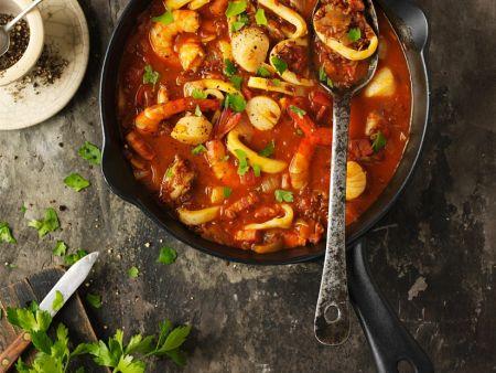 tomaten reis suppe mit garnelen und tintenfisch rezept eat smarter. Black Bedroom Furniture Sets. Home Design Ideas
