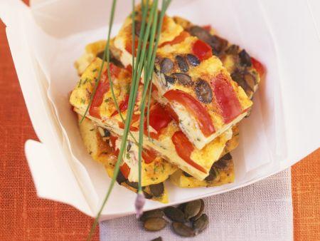 Spanische Tortilla mit Paprika und Kürbiskernen