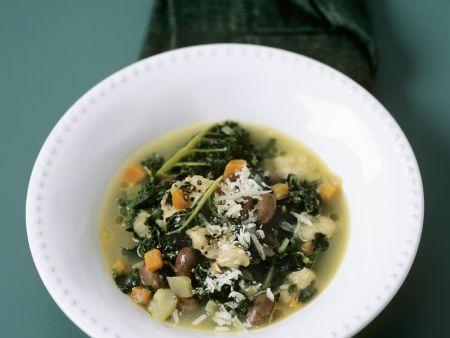 Toskanische Bohnensuppe mit Schwarzkohl