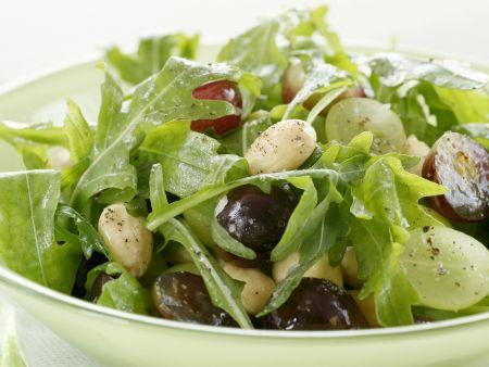 Trauben-Rucola-Salat mit Mandeln