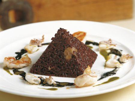venere reis pyramide mit garnelen und calamari rezept eat smarter. Black Bedroom Furniture Sets. Home Design Ideas