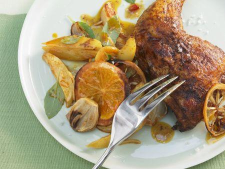 Würzige Hähnchenkeulen mit Orangen