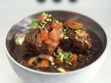 Würziges Tomatencurry mit Lammfleisch