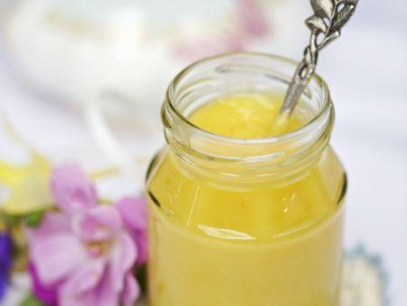 Zitronencreme auf britische Art