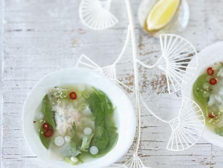 Zitronengrasbrühe mit Garnelen-Teigtasche