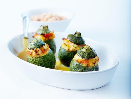 zucchini gef llt mit feta und tomaten rezept eat smarter. Black Bedroom Furniture Sets. Home Design Ideas