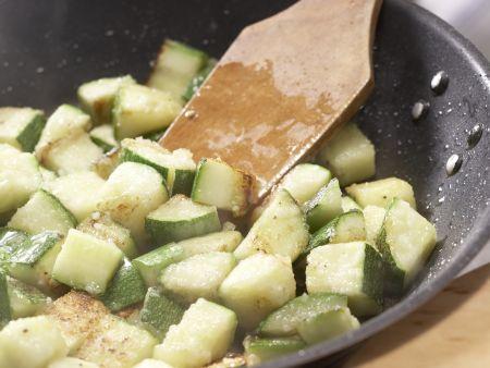 Zucchini-Tomaten-Auflauf: Zubereitungsschritt 7