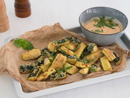 Zucchini Wedges mit Pesto-Dip