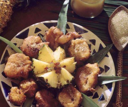 Ananas im Ausbackteig