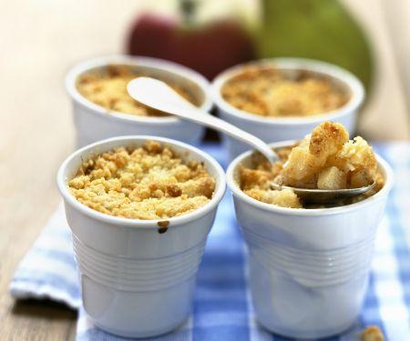 Apfel-Birnen-Gratin mit Streuseln (Crumble)