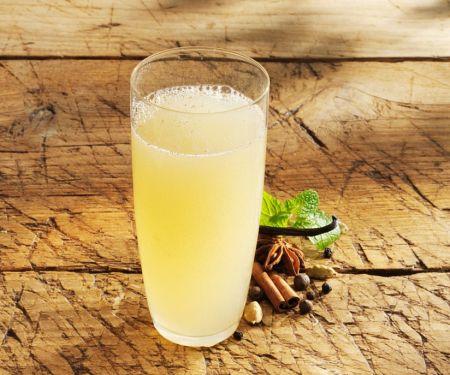 Apfel-Gewürz-Limonade