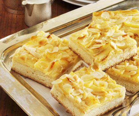 Apfel-Käsekuchen mit Mandeln