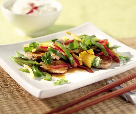 Asia-Pfanne mit Pute und zartem Wokgemüse