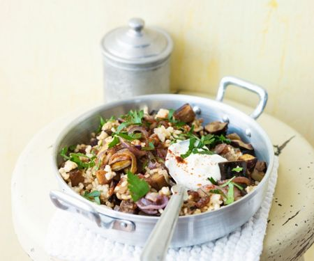 Auberginen-Bulgur mit Joghurt
