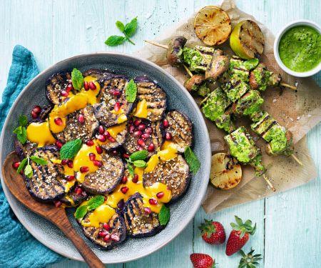 Auberginen mit Pilz-Tofu-Spießen