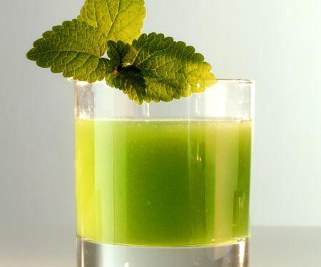 Avocado-Apfel-Drink